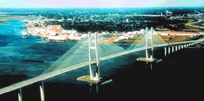 gabungan jembatan deck gider atas dan deck bawah cabled stayed