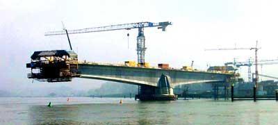 pelaksanaan jembatan tipe cast in situ balanced cantilever